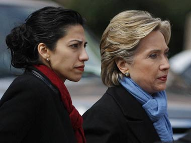 Huma-Abedin-and-Hillary-Cli